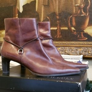 Paul Green brown leather ankle boots Beautiful!